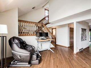 Photo 17: 227 COACH SIDE Road SW in Calgary: Coach Hill Detached for sale : MLS®# A1043295