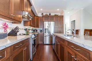 Photo 2: 44 7848 170 STREET in VANTAGE: Fleetwood Tynehead Home for sale ()  : MLS®# R2124050