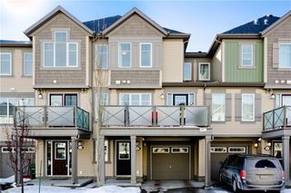 Photo 2: 117 Windstone Park SW: Airdrie Row/Townhouse for sale : MLS®# A1057841