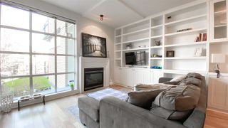 "Main Photo: 309 2655 CRANBERRY Drive in Vancouver: Kitsilano Condo for sale in ""New Yorker"" (Vancouver West)  : MLS®# R2531451"