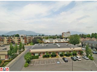 "Photo 10: 401 9060 BIRCH Street in Chilliwack: Chilliwack W Young-Well Condo for sale in ""THE ASPEN GROVE"" : MLS®# H1103555"