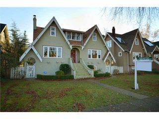 "Photo 1: 4036 W 13TH Avenue in Vancouver: Point Grey House for sale in ""Point Grey"" (Vancouver West)  : MLS®# V921716"