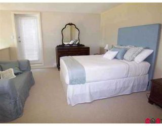 Photo 6: 404 10866 City Parkway in Surrey: Whalley Condo for sale (North Surrey)  : MLS®# F2908360