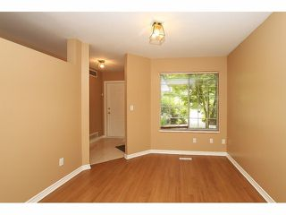 "Photo 3: 125 9978 151 Street in Surrey: Guildford Townhouse for sale in ""Sussex House"" (North Surrey)  : MLS®# F1414106"