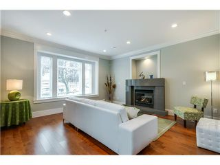 Photo 3: 3507 E 24TH Avenue in Vancouver: Renfrew Heights House for sale (Vancouver East)  : MLS®# V1085915