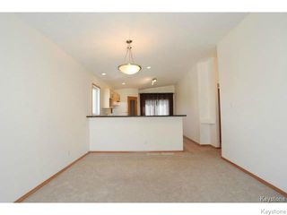 Photo 2: 179 Southview Crescent in WINNIPEG: Fort Garry / Whyte Ridge / St Norbert Residential for sale (South Winnipeg)  : MLS®# 1428918