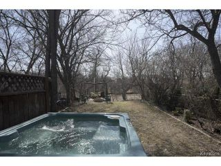 Photo 13: 902 Palmerston Avenue in WINNIPEG: West End / Wolseley Residential for sale (West Winnipeg)  : MLS®# 1508703