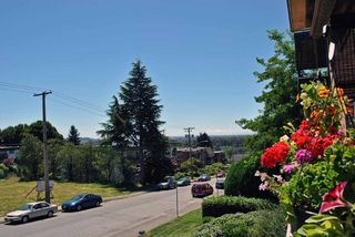 """Photo 10: 209 1011 FOURTH Avenue in New Westminster: Uptown NW Condo for sale in """"CRESTWELL MANOR"""" : MLS®# R2016256"""