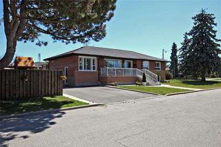 Main Photo: 32 Halkin Crest in Toronto: Victoria Village House (Bungalow) for sale (Toronto C13)  : MLS®# C3471478
