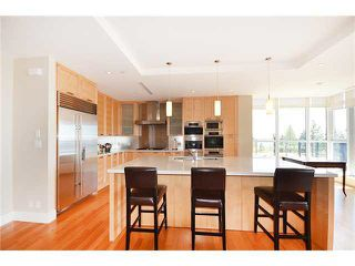 Photo 9: 302 2255 TWIN CREEK Place in West Vancouver: Whitby Estates Condo for sale : MLS®# R2061820