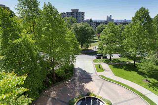 "Photo 2: 402 160 W KEITH Road in North Vancouver: Central Lonsdale Condo for sale in ""Victoria Park West"" : MLS®# R2069729"