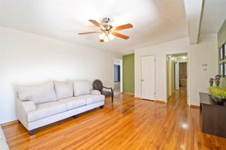 Photo 5: CLAIREMONT House for sale : 3 bedrooms : 5141 Cole Street in San Diego