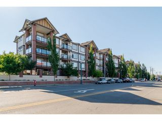 "Photo 1: 130 5660 201A Street in Langley: Langley City Condo for sale in ""PADDINGTON STATION"" : MLS®# R2091851"