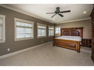 Photo 13: 2273 CHARDONNAY Lane in Abbotsford: Aberdeen House for sale : MLS®# R2094873