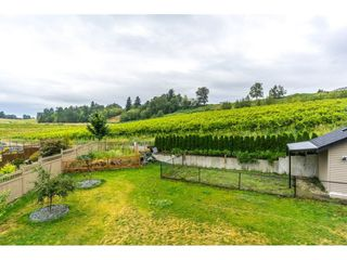 Photo 20: 2273 CHARDONNAY Lane in Abbotsford: Aberdeen House for sale : MLS®# R2094873