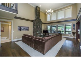 Photo 6: 2273 CHARDONNAY Lane in Abbotsford: Aberdeen House for sale : MLS®# R2094873