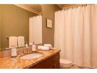 Photo 15: 2 2519 Rothesay Ave in SIDNEY: Si Sidney North-East Half Duplex for sale (Sidney)  : MLS®# 741870