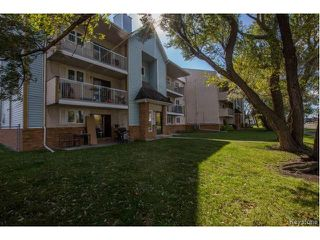 Photo 1: 40 Dalhousie Drive in Winnipeg: Fort Richmond Condominium for sale (1K)  : MLS®# 1700282