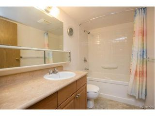 Photo 10: 40 Dalhousie Drive in Winnipeg: Fort Richmond Condominium for sale (1K)  : MLS®# 1700282