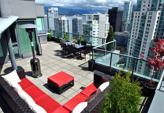 """Photo 16: 3301 1331 W GEORGIA Street in Vancouver: Coal Harbour Condo for sale in """"THE POINTE"""" (Vancouver West)  : MLS®# R2132219"""