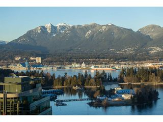 """Photo 19: 3301 1331 W GEORGIA Street in Vancouver: Coal Harbour Condo for sale in """"THE POINTE"""" (Vancouver West)  : MLS®# R2132219"""
