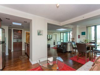 """Photo 10: 3301 1331 W GEORGIA Street in Vancouver: Coal Harbour Condo for sale in """"THE POINTE"""" (Vancouver West)  : MLS®# R2132219"""