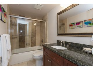 """Photo 15: 3301 1331 W GEORGIA Street in Vancouver: Coal Harbour Condo for sale in """"THE POINTE"""" (Vancouver West)  : MLS®# R2132219"""