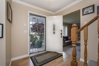 "Photo 3: 12372 SOUTHPARK Crescent in Surrey: Panorama Ridge House for sale in ""Boundary Park"" : MLS®# R2165558"