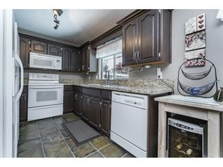 Photo 10: 3275 NEWBERRY Street in Port Coquitlam: Lincoln Park PQ House for sale : MLS®# R2169106