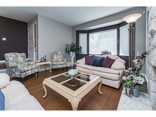 Photo 3: 3275 NEWBERRY Street in Port Coquitlam: Lincoln Park PQ House for sale : MLS®# R2169106