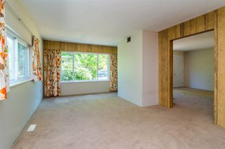 Photo 6: 4049 205A Street in Langley: Brookswood Langley House for sale : MLS®# R2191134