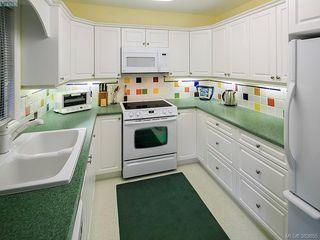 Photo 12: 122 2345 Cedar Hill Cross Rd in VICTORIA: OB Henderson Row/Townhouse for sale (Oak Bay)  : MLS®# 771080
