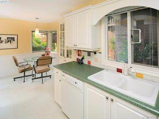 Photo 13: 122 2345 Cedar Hill Cross Rd in VICTORIA: OB Henderson Row/Townhouse for sale (Oak Bay)  : MLS®# 771080