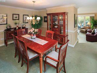 Photo 11: 122 2345 Cedar Hill Cross Rd in VICTORIA: OB Henderson Row/Townhouse for sale (Oak Bay)  : MLS®# 771080