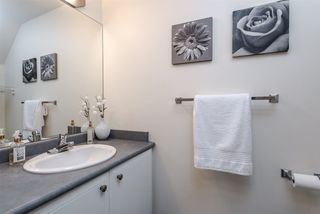 """Photo 11: 15 1005 LYNN VALLEY Road in North Vancouver: Lynn Valley Townhouse for sale in """"River Rock"""" : MLS®# R2211055"""