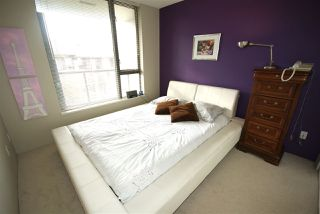 "Photo 8: 406 3588 CROWLEY Drive in Vancouver: Collingwood VE Condo for sale in ""NEXUS"" (Vancouver East)  : MLS®# R2222559"