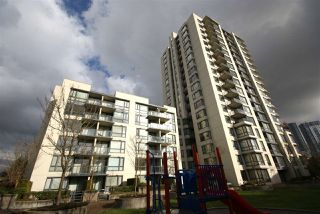 "Photo 17: 406 3588 CROWLEY Drive in Vancouver: Collingwood VE Condo for sale in ""NEXUS"" (Vancouver East)  : MLS®# R2222559"