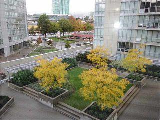 Photo 12: 610 9981 WHALLEY Boulevard in Surrey: Whalley Condo for sale (North Surrey)  : MLS®# R2241968