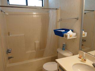 Photo 10: SAN MARCOS Manufactured Home for sale : 3 bedrooms : 500 Rancheros Drive #149