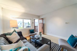 "Photo 3: 404 AUBREY Place in Vancouver: Fraser VE House for sale in ""Main/Fraser Corridor"" (Vancouver East)  : MLS®# R2244555"