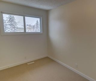 Photo 28: 5603 1 AV SE in Calgary: Penbrooke Meadows House for sale : MLS®# C4165022