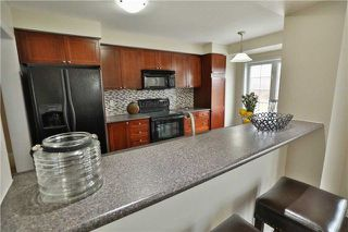 Photo 10: 277 Prosser Circle in Milton: Harrison House (3-Storey) for sale : MLS®# W4080936