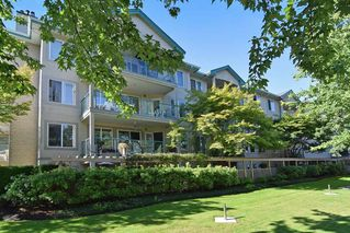 "Photo 2: 304 20433 53 Avenue in Langley: Langley City Condo for sale in ""Countryside Estates"" : MLS®# R2254619"
