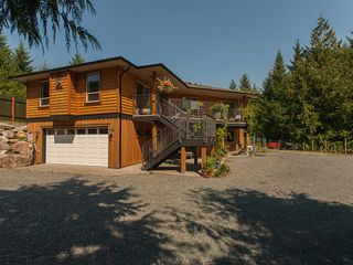 Photo 2: 1790 Canuck Cres in Qualicum River Estates: House for sale : MLS®# 404393