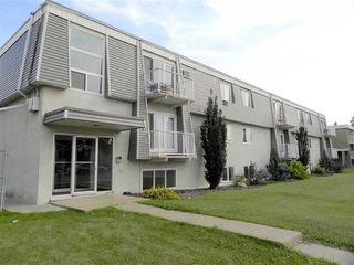 Main Photo: 18 10325 156 Street in Edmonton: Zone 21 Condo for sale : MLS®# E4119780