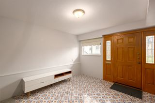 """Photo 2: 1951 E 3RD Avenue in Vancouver: Grandview VE House for sale in """"COMMERCIAL DRIVE"""" (Vancouver East)  : MLS®# R2300010"""