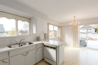 """Photo 7: 1951 E 3RD Avenue in Vancouver: Grandview VE House for sale in """"COMMERCIAL DRIVE"""" (Vancouver East)  : MLS®# R2300010"""