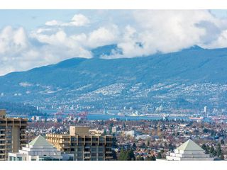 "Photo 16: 3207 4670 ASSEMBLY Way in Burnaby: Metrotown Condo for sale in ""Station Square"" (Burnaby South)  : MLS®# R2320659"
