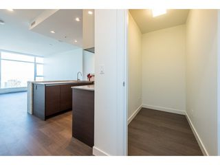 "Photo 13: 3207 4670 ASSEMBLY Way in Burnaby: Metrotown Condo for sale in ""Station Square"" (Burnaby South)  : MLS®# R2320659"