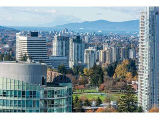 "Photo 18: 3207 4670 ASSEMBLY Way in Burnaby: Metrotown Condo for sale in ""Station Square"" (Burnaby South)  : MLS®# R2320659"